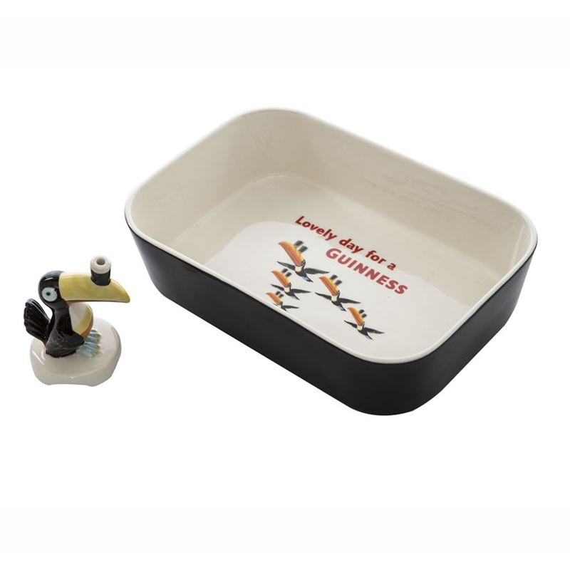 Guinness – Gilroy Steak and Guinness Pie Stoneware Dish and Funnel 2pc Set