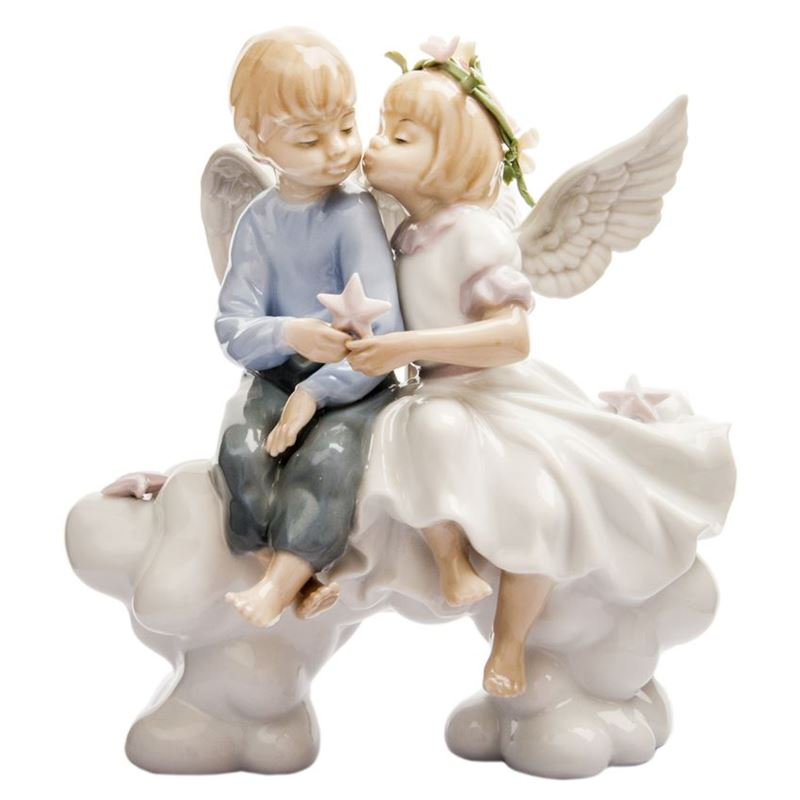 Dan Samuels – Affection Porcelain Figurine 16cm