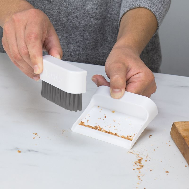 Tovolo – Countertop Mini Brush & Dustpan Set