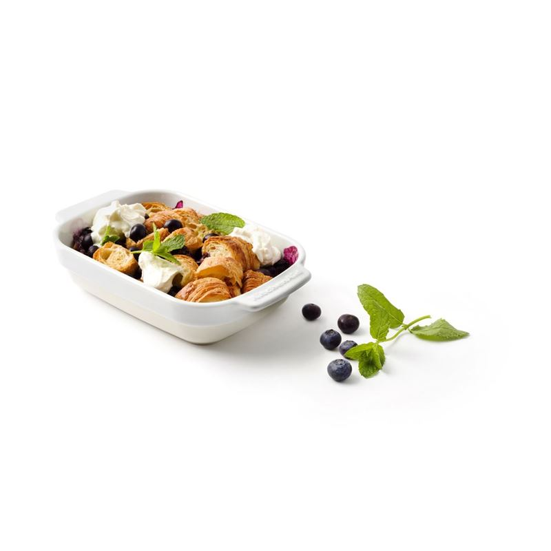 KitchenAid – Almond Cream Premium Porcelain Small Rectangular 14x19cm Baker 800ml Gift Boxed