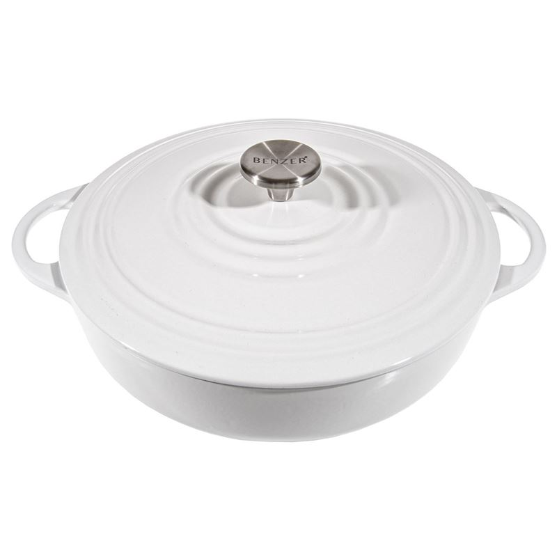 Benzer – Kristoff Cast Iron 28cm Low Casserole with Stainless Steel Knob 4Ltr Flour White