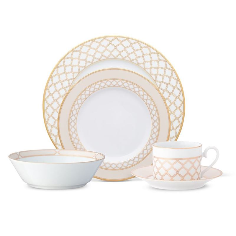 Noritake – Eternal Palace Gold 20pc Dinner Set