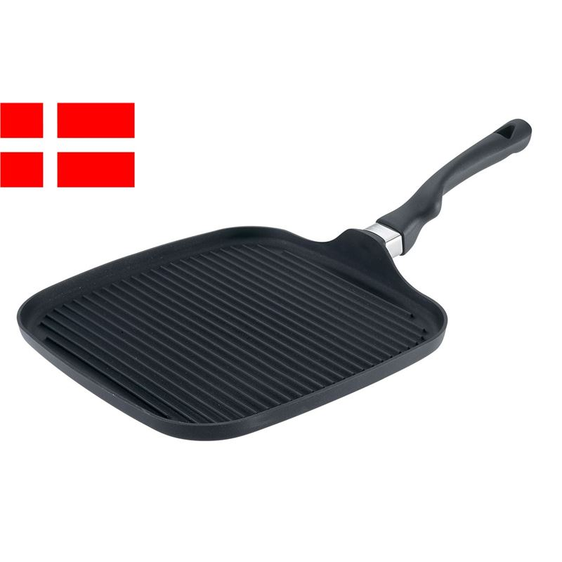Scanpan – Ergonomic Handled Stratanium Non-Stick Square Health Grill Griddle 28x28cm (Made in Denmark)