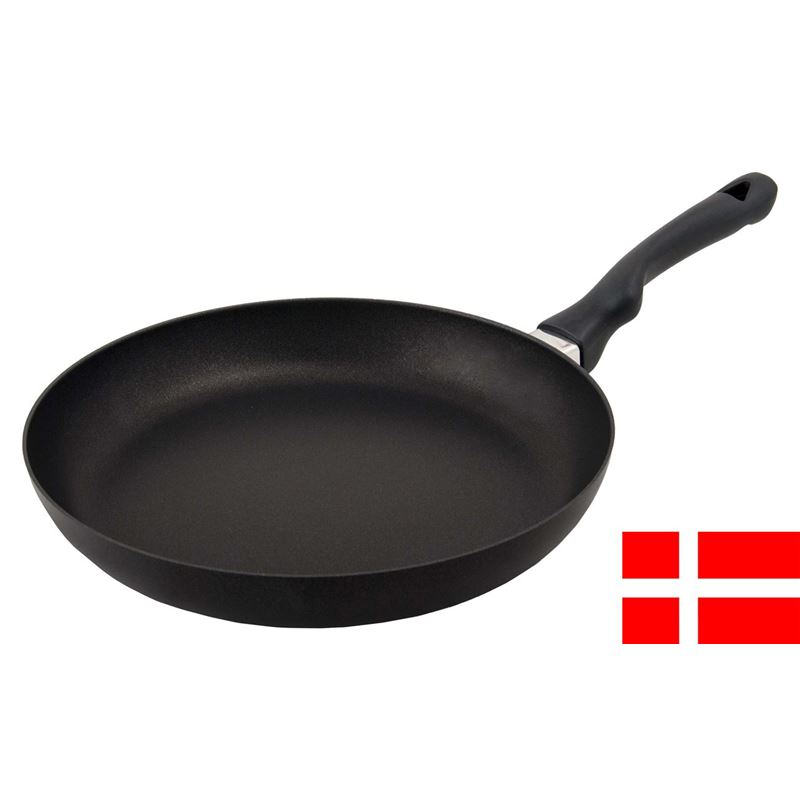Scanpan – Ergonomic Handled Stratanium Non-Stick Frypan 28cm (Made in Denmark)