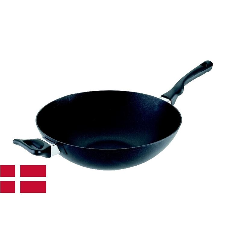 Scanpan – Ergonomic Handled Stratanium Non-Stick Wok 32cm (Made in Denmark)