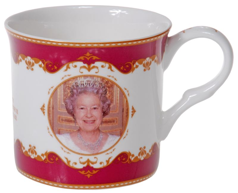 Royal Crest – Her Majesty Queen Elizabeth II Diamond Jubilee Heritage Fine Bone China Palace Mug